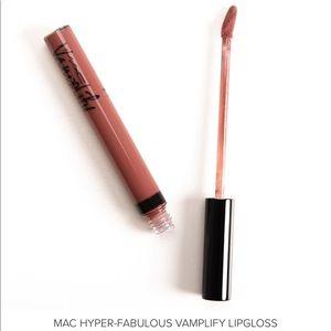 NWT MAC Cosmetics Vamplify Lipgloss Hyper Fabulous